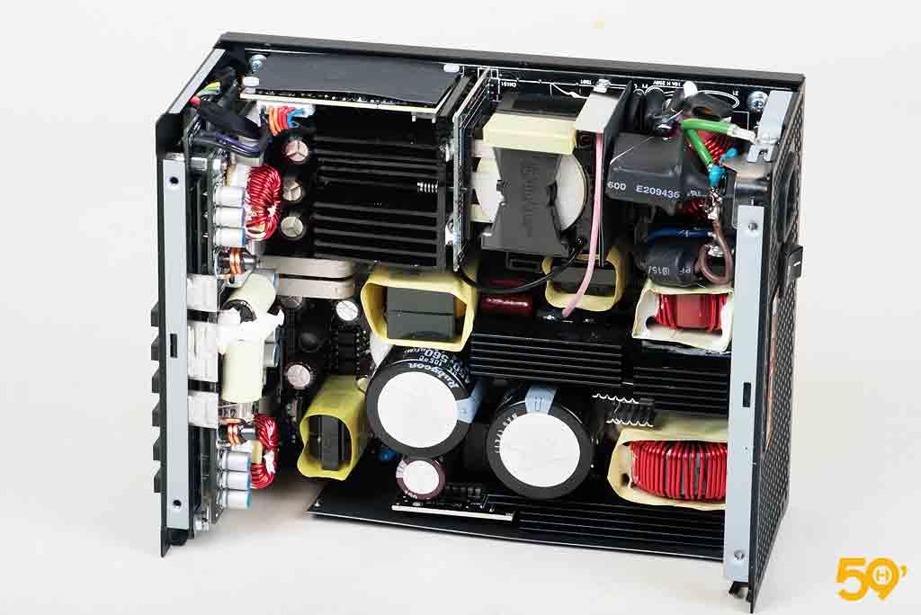 Antec High Current Pro 1300 Platinum (11)