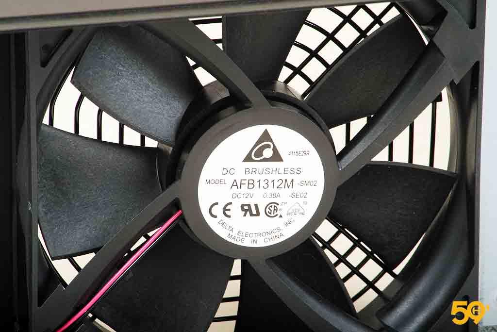 Antec High Current Pro 1300 Platinum (12)