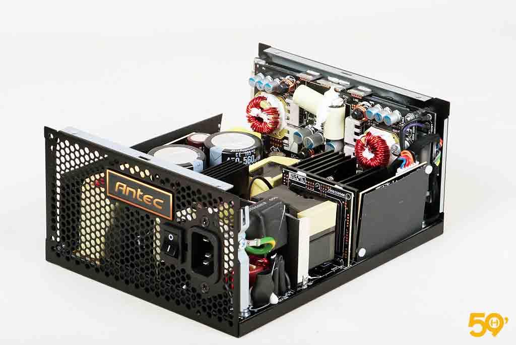 Antec High Current Pro 1300 Platinum (9)
