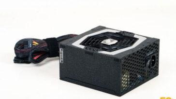 FSP Aurum 92 550 W (2)