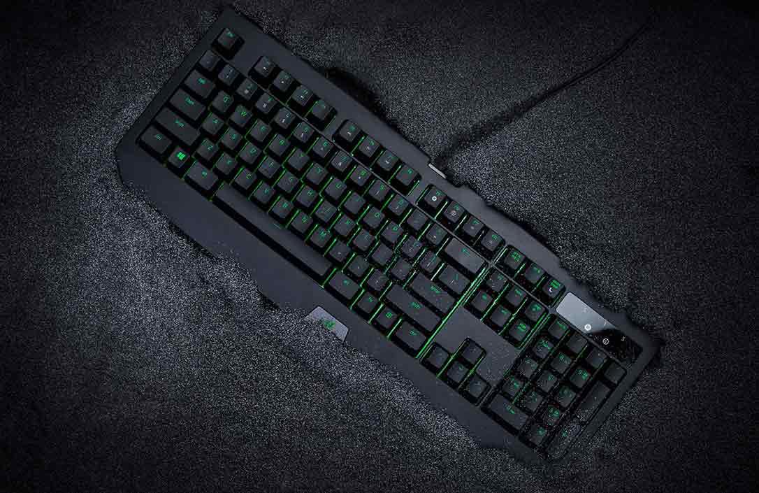 Razer BlackWidow Ultimate 2