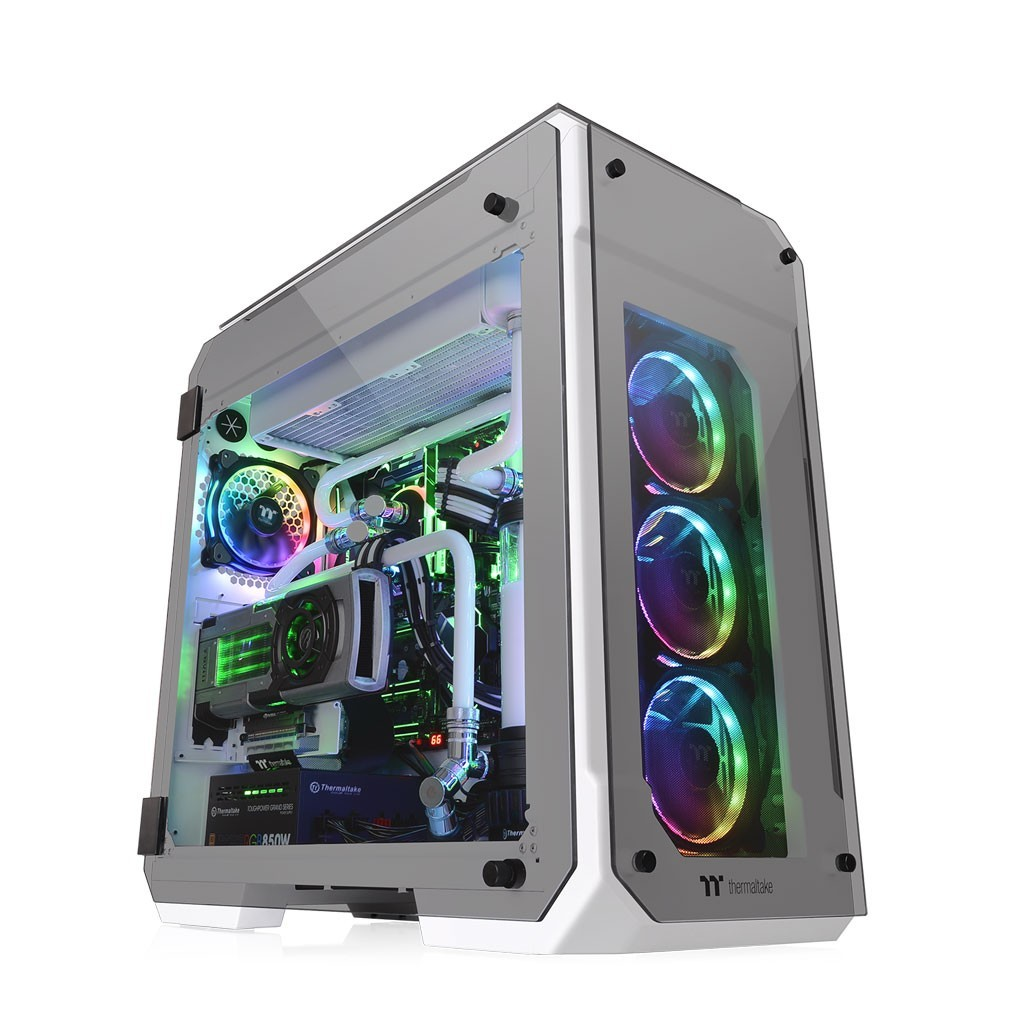 Thermaltake View 71 Tempered Glass Snow Edition Full Tower Chassis 1