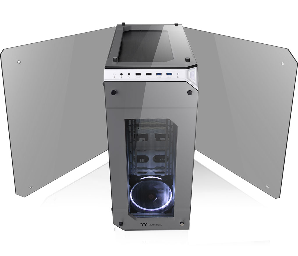 Thermaltake View 71 Tempered Glass Snow Edition Full Tower Chassis 5