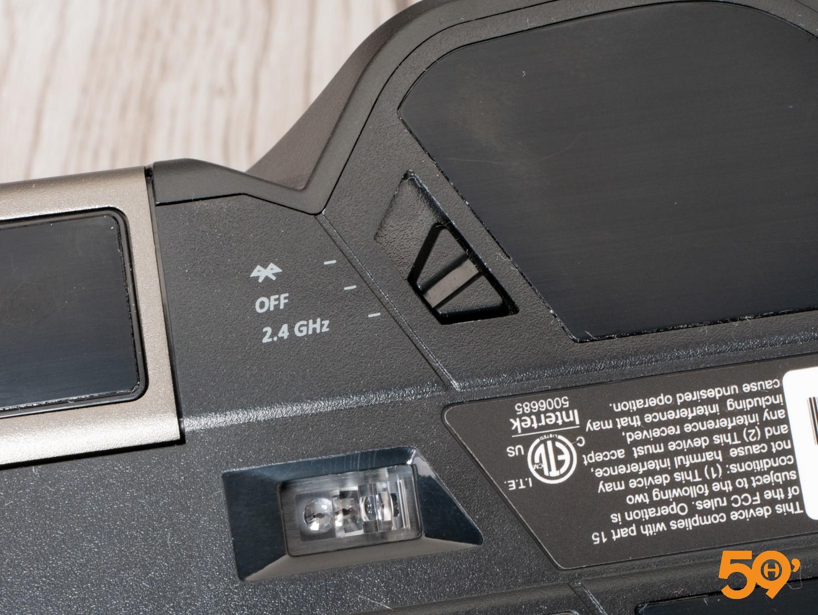 souris Corsair IronClaw RGB Wireless lecteur optique