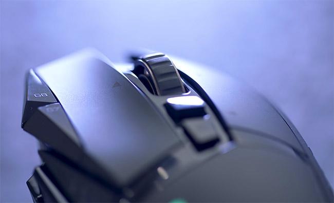 Logitech G502 Lightspeed zoom